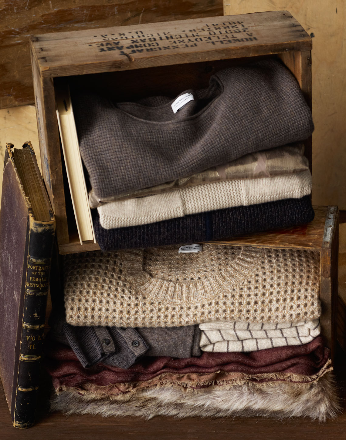 WOMENS_CASHMERE_box_stack