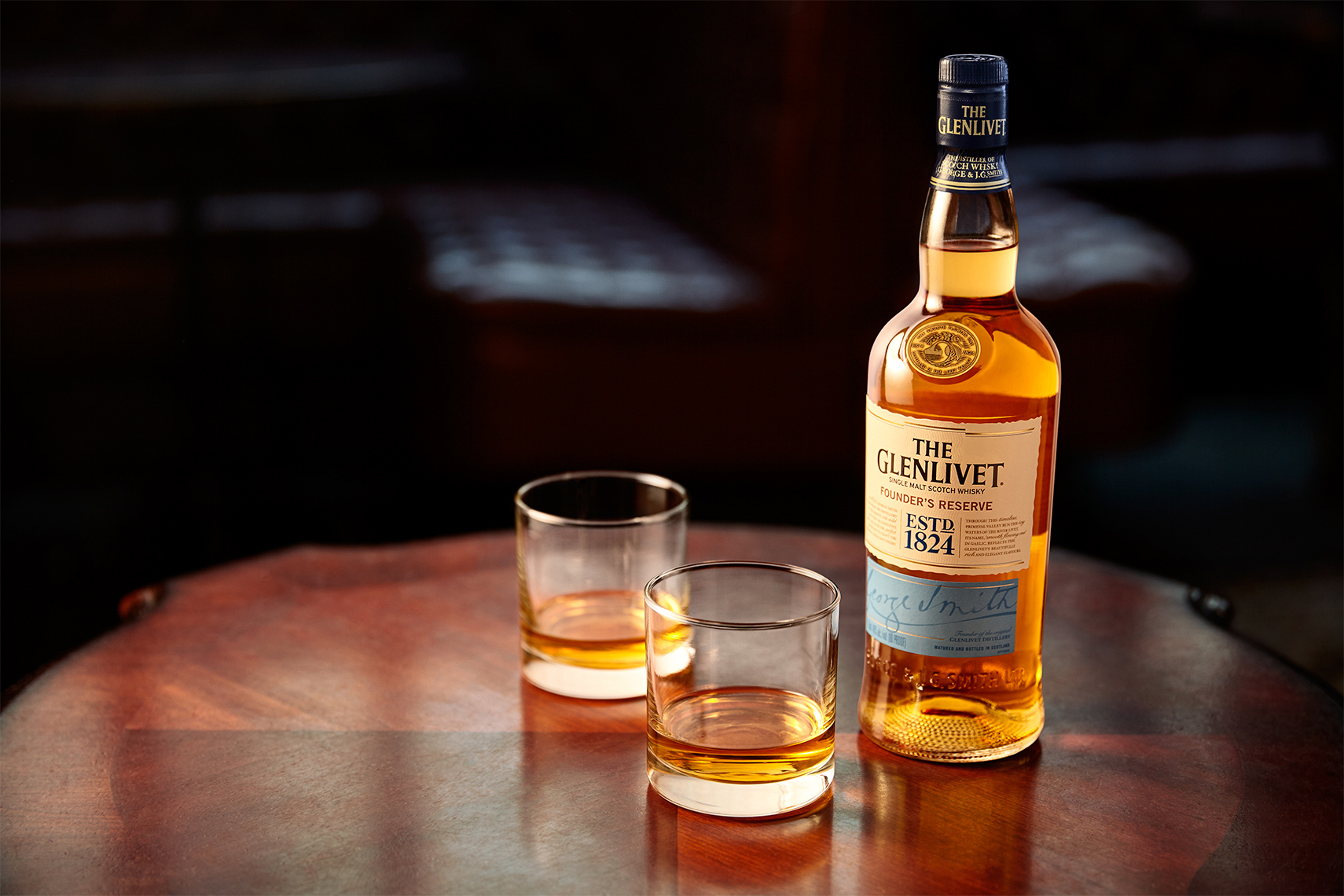 glenlivet_with_glasses